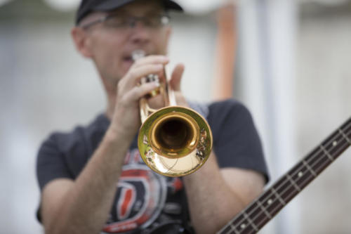 Dirk an der Trompete